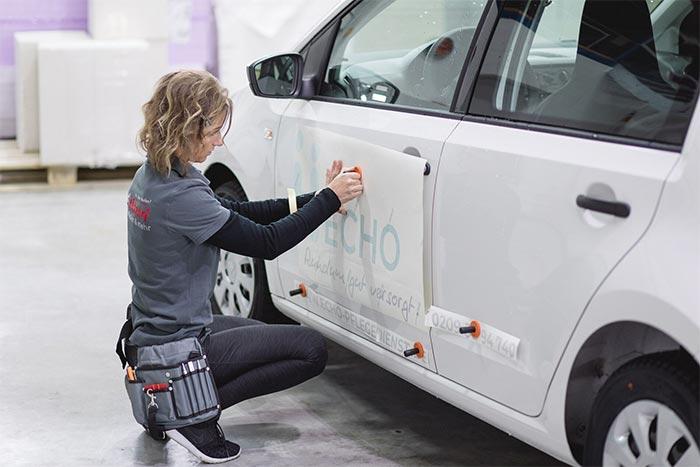 Fahrzeug- Fensterfolierung Montage